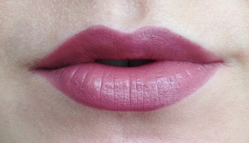 essence barely there 06 lipstick review swatch